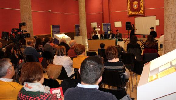 Se inaugura en La Roda la exposición '40 años sin h'