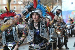 Cerca de mil participantes preparan el desfile inaugural del Carnaval rodense
