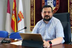 El alcalde de La Roda presenta el seguimiento de control del programa electoral