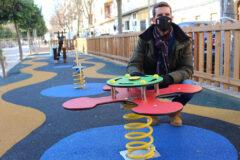 Finalizadas las obras de mejora en una de las áreas infantiles del paseo de la Estación