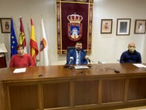 El Ayuntamiento trabajará con Júcar Limpio en concienciar sobre el uso de mascarilla