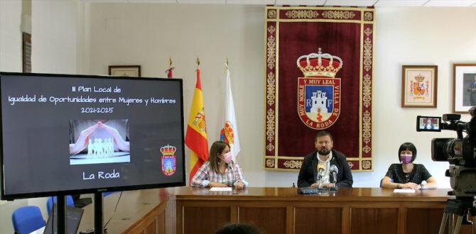 Presentan el III Plan de Igualdad a los agentes sociales de La Roda